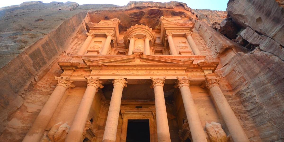 Petra – najlepše mesto za posetiti u Jordanu